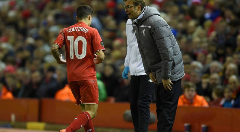 بعد صفقة ديمبيلي.. برشلونة يحشد أسلحته لخطف كوتينيو