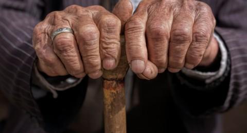 الديدان أمل العلماء في تأخير الشيخوخة