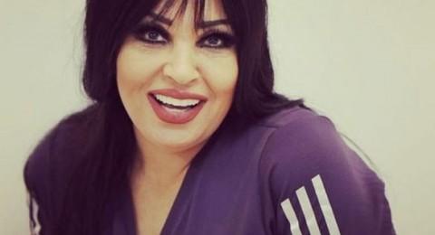 فيفي عبده تنشر صورة لها بعد عملية التجميل