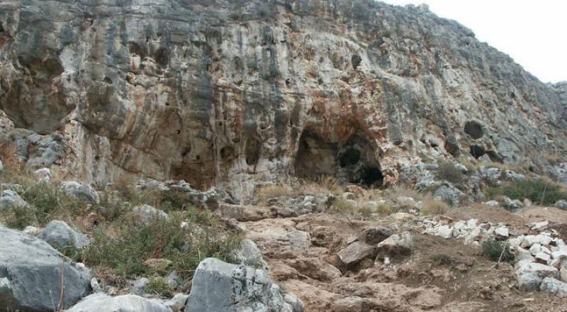 في مغارة بجبل الكرمل .. اكتشاف أقدم أثر لـ