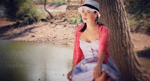ماغي بو غصن في المشهد الاوّل من مسلسلها الجدي