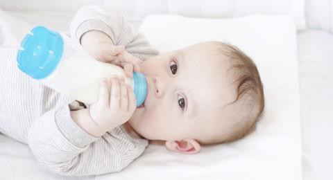هل طفلك لا يشرب الحليب؟ هذا هو الحل!