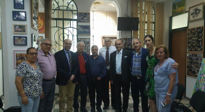 وفد دبلوماسي اسباني يبحث التعاون مع مؤسسات ثقافية في حيفا