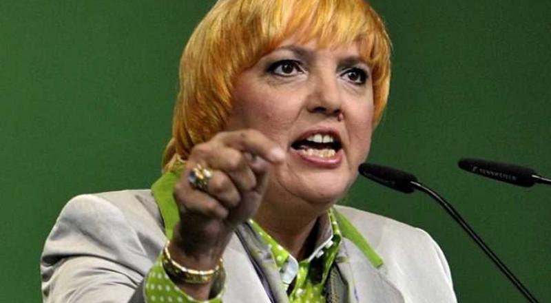 نائبة رئيس البرلمان الألماني تعزو إلغاء زيارة تركيا الى ضغط شديد من أنقرة