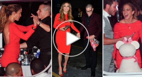 جينيفر لوبيز تشعل ليلة عيد ميلادها بالرقص مع حبيبها