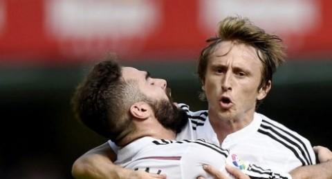 ريال مدريد يعود بفوز ثمين امام فياريال