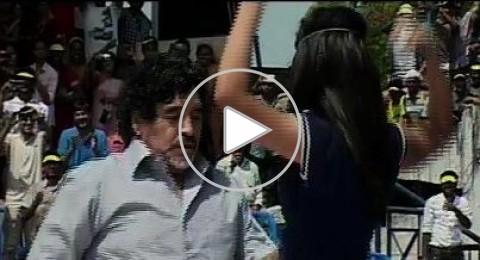 ماردونا يُسعد الجماهير الهندية برقصة خاصة