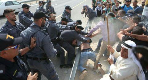 هآرتس: الحكومة الإسرائيلية تؤجل هدم الخان الأحمر حتى إشعار آخر