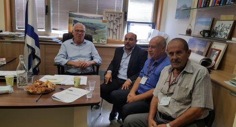 بمبادرة النائب مسعود غنايم: جلسة في مكتب وزير الزراعة حول الخسائر والأضرار التي لحقت بالفلاحين في سهل البطوف