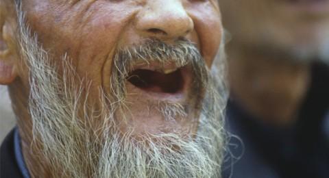 فقدان الاسنان يسبب ضعف الذاكرة