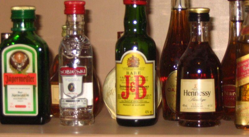 علماء يكشفون دور الكحول في تقصير العمر