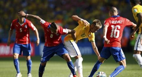 البرازيل تنجو بركلات الحظ من كمين تشيلي