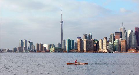 كندا: إطلاق نار عشوائي في تورينتو، مقتل طفلة وإصابات عديدة