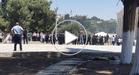 مواجهات في الاقصى، اصابات عديدة، واغلاق مسجد قبة الصخرة واحتجاز النساء ب