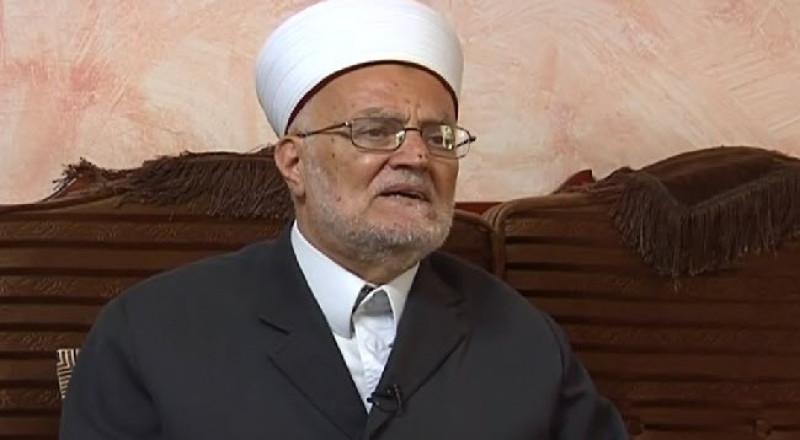 القدس: الشيخ صبري يستنكر إعتداءات المستوطنين على المزارعين وحقولهم
