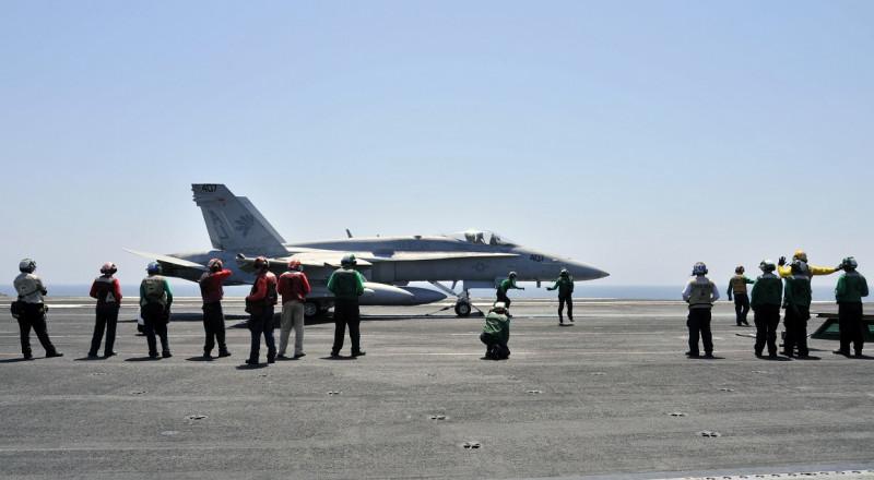 طيران التحالف الدولي يقتل 13 عنصرا من تنظيم داعش