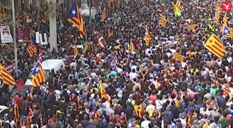 بعد انفصال كتالونيا .. مدريد تعين حاكما للإقليم