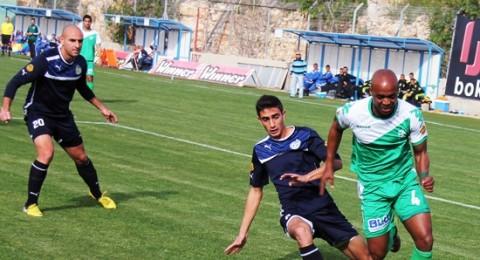 ثلاثية للاخاء النصراوي بفوزه على كتمون (3-0)