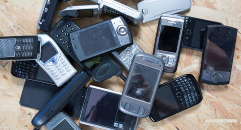 علماء يوضحون سبب انقراض الهواتف الذكية خلال الـ10 سنوات القادمة