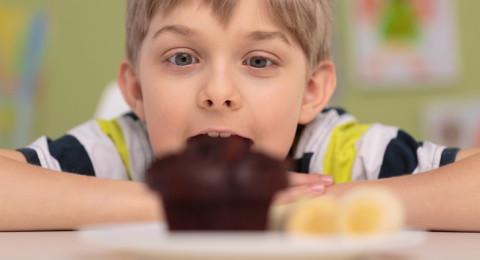 ابعدي طفلك عن الحلويات بهذه البدائل