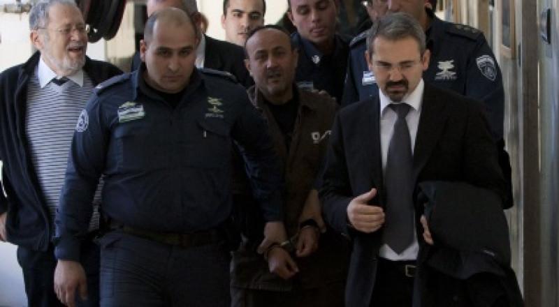 أنباء عن تدهور صحة الأسير القيادي مروان البرغوثي