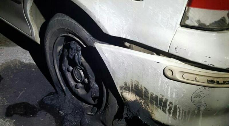 الرامة: اعتقال قاصرين اثنين وشاب بشبهة حرق سيارة