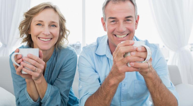 أيهما أفضل لصحتك: تحضير الشاي في الغلاية أم الميكروويف؟