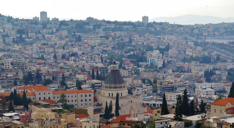 وزارة البيئة تمنح بلدية الناصرة حوالي 6 مليون شيكل لشراء سيارات آليات وحاويات