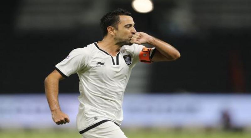 تشافي يكشف عن حلمه في قطر
