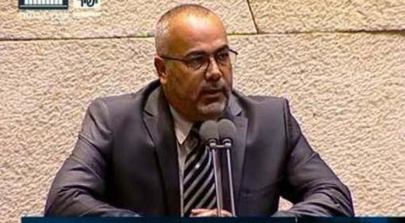 النائب السعدي يودع كتاب إستقالته لدى لجنة الوفاق