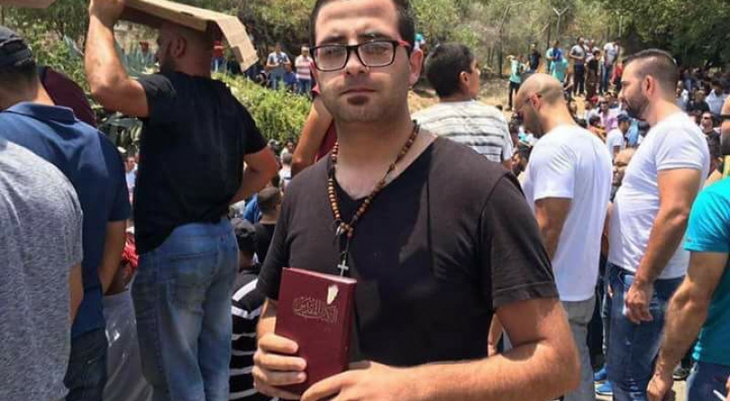 الشاب المسيحي الذي شارك بصلاة الجمعة في القدس: نقف معًا ضد المعتدين، ونعتز بأقصانا