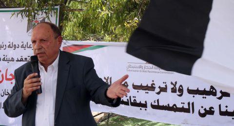 الإحتلال يخفق في منع الوزير الحسيني من الوصول الى الخان الأحمر