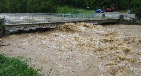 فيضانات مُرعبة تضرب تونس وتُخلف خسائر بشرية ومادية