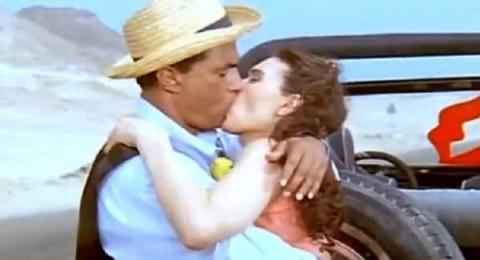 قبلة أحمد زكي لدينا التي دفعتها لاعتزال «البوس»