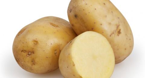 المرأة الحامل يجب ان تحاذر تناول البطاطا