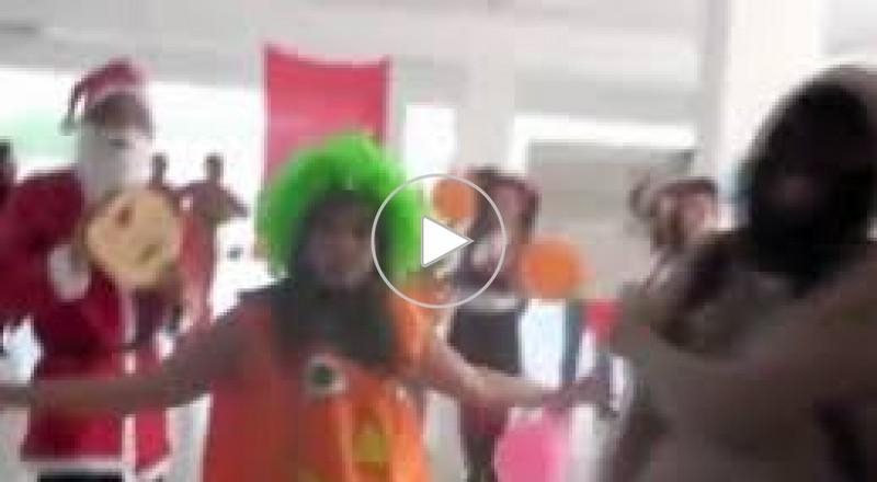 شباب تونس يتحدون حركة النهضة برقصة
