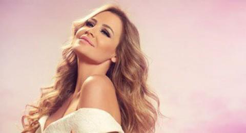 للأسبوع الثالث.. كارول سماحة رقم 1 فى فيرجين لبنان بألبوم