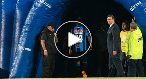 شاهد كيف غضب الساحر رونالدينو!