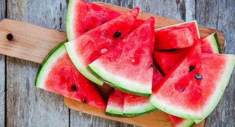 هل يساعد البطيخ على إنقاص الوزن؟