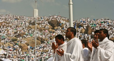 """""""لا حج ولا عمرة"""".. نقابة الأئمة التونسيين تطالب المفتي بتعطيل فريضة الحج لهذا العام"""