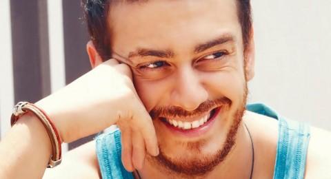 """سعد المجرد يغضب الجزائريين بسبب """"الشمعة"""" ويعتذر"""