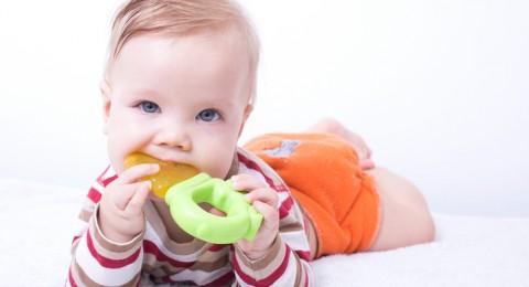 ما هي أعراض التسنين الشائعة لدى الاطفال؟