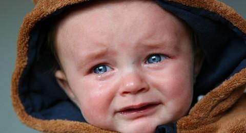 دموعك طريقك نحو الراحة النفسية