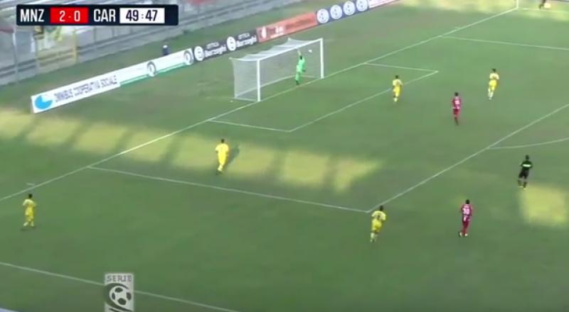 هدف إيطالي لا يُصدَّق .. فيديو