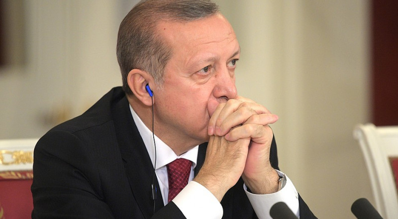 أردوغان يصف بارزاني بالخائن ويتوعد أكراد العراق بمجاعة