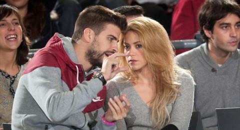 شاكيرا وجيرارد بيكيه يشاهدان مباراة كرة السلّة