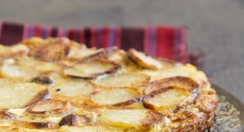 العجة الايطالية مع البطاطا، الأرضي شوكي وجبنة الريكوتا