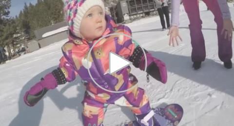 أصغر متزلجة تسعى لركوب الموج