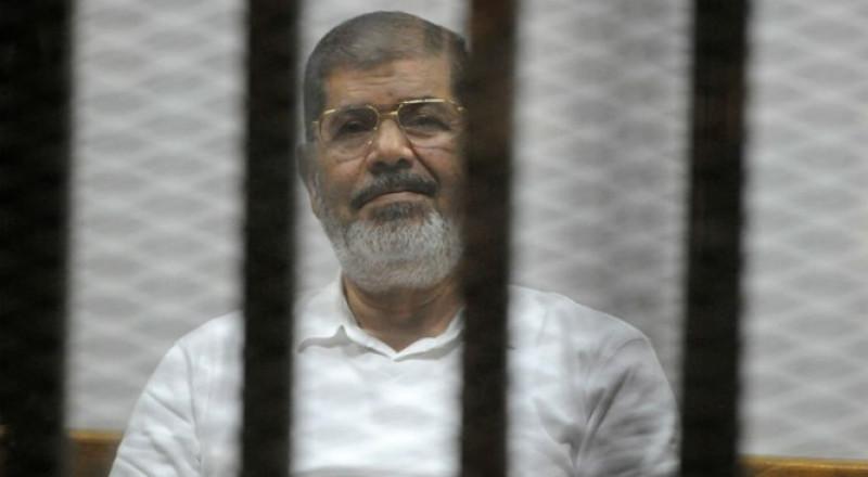 مصر: الحكم بالسجن على مرسي لمدة 3 سنوات في قضية إهانة القضاة
