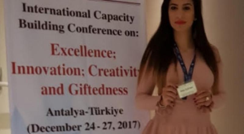 الطالبة الجامعيّة هيا دفراوي تتألّق في المؤتمر الدّولي للإبداع في تركيا